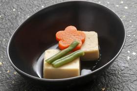 だしが染み染み 高野豆腐の煮物
