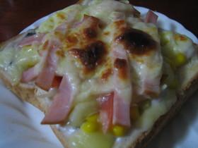 キャンベルスープでグラタンピザ