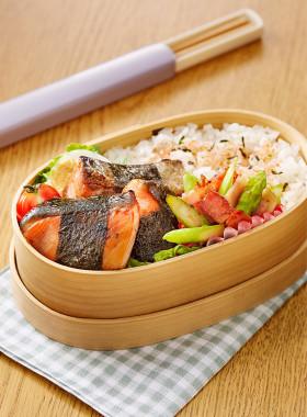 鮭の磯辺焼き&マヨおかか炒め弁当