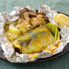 サバとキノコのカレーマヨ ホイル焼き