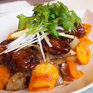 鶏手羽の黒酢ソース炒め