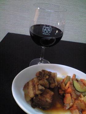 豚肉のワイン煮込み