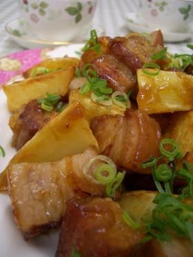 豚バラ肉と揚げジャガイモのさっぱり煮