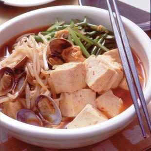 豆腐とあさりのチゲ風