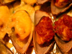 マッスル(ムール貝)のオーブン焼き2種