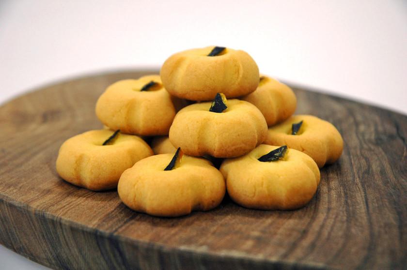 ハロウィン☆型無しで♪かぼちゃクッキー