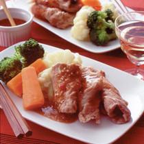 蒸し豚と冬野菜のごまみそかけ