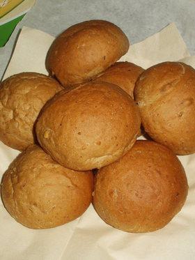 プルーンとくるみのパン(HBで一次発酵)