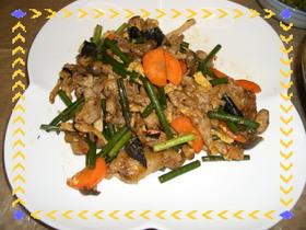 ピリ辛味と卵の甘み、簡単豚肉炒め