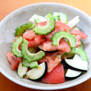 夏野菜の大葉酢サラダ