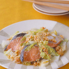 鮭と白菜のピリ辛だれ