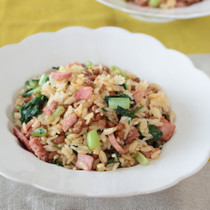 納豆と小松菜のチャーハン