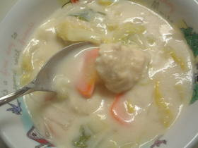 白菜と肉団子のクリーム煮