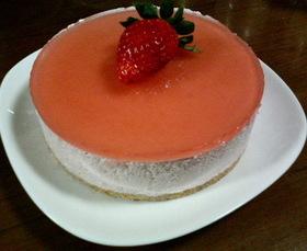 苺たっぷり2パック使用☆苺のムースケーキ