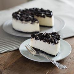 ココアビスケットレアチーズケーキ