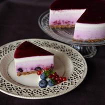 ベリーのグラデーションレアチーズケーキ