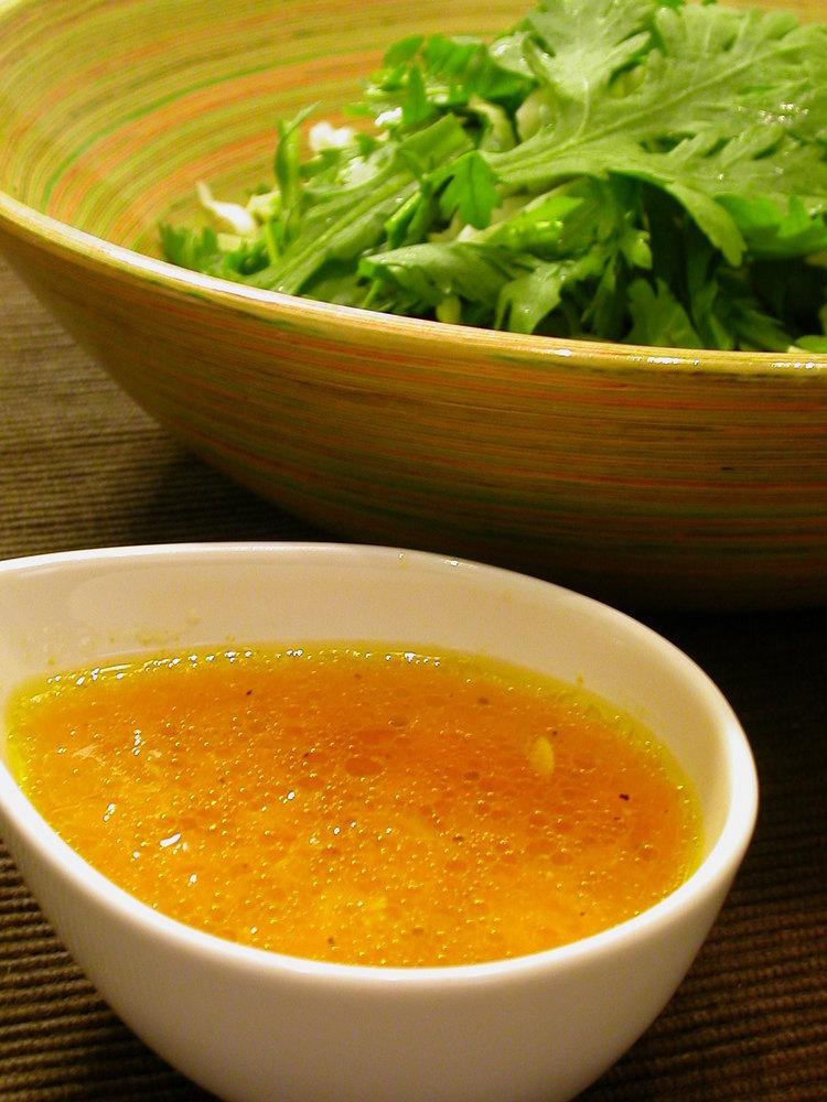 みかんドレッシングで春菊サラダ