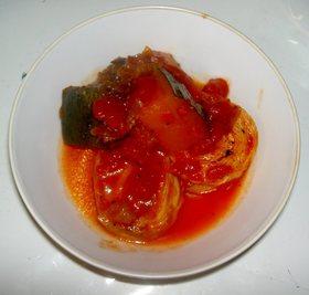 湯葉とカボチャのトマト缶煮
