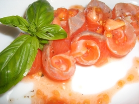 トマトの種でカルパッチョ