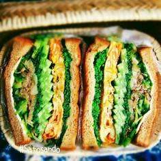 豆苗とニンニクのわんぱくサンドイッチ♡♡