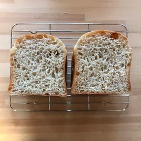 加水率高めの捏ねない自家製天然酵母パン