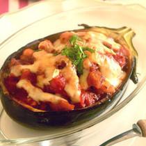 米なすと白いんげん豆のファルシ トマトソース風味