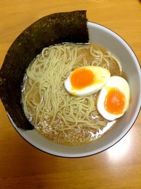家庭の限界に挑戦!味噌ラーメンのスープ