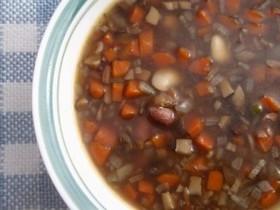 栄養ランチ☆雑穀米入り豆と野菜のスープ