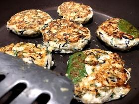 栄養満点!ささみと豆腐の紫蘇ハンバーグ