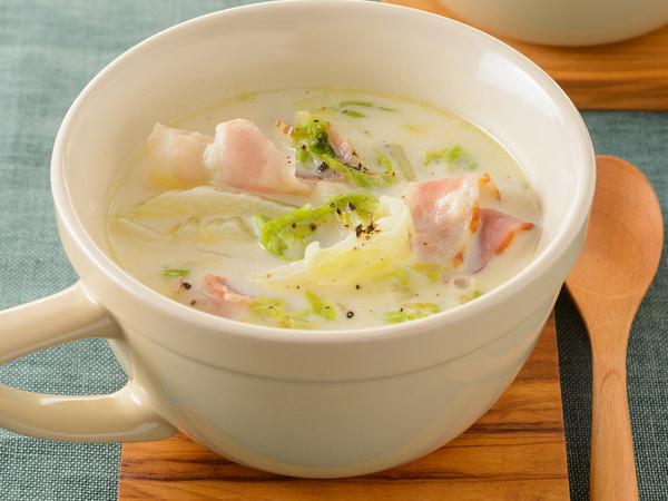 白菜とベーコンのボリュームクリームスープ
