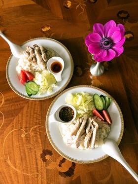 タイ料理屋さんのカオマンガイ