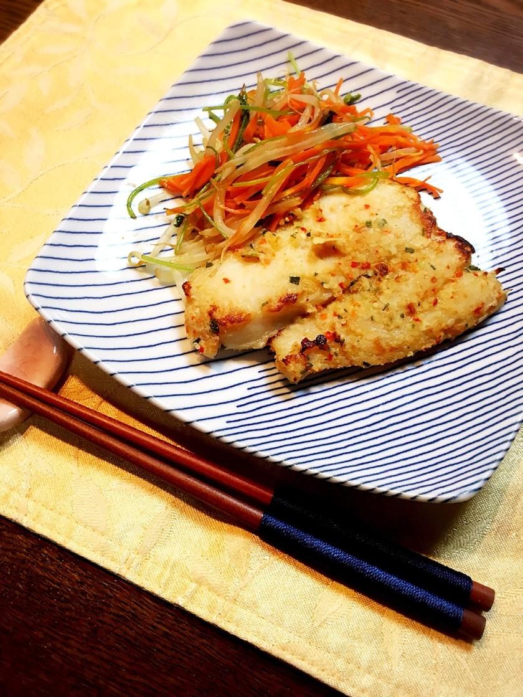 簡単レンチン!白身魚のガーリック風味!