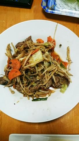 簡単!牛肉とキャベツ焼肉のタレ炒め