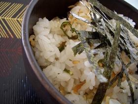 青唐辛子とじゃこご飯