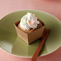 桜とよもぎのシフォンケーキ