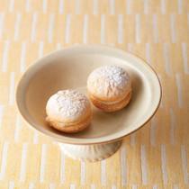 ブッセ(柚子チーズクリーム)