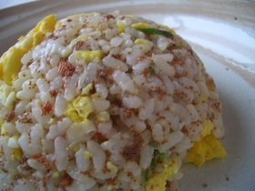 蟹の卵のチャーハン