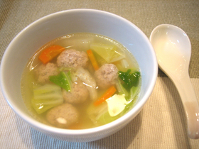 ぽかぽかあったか❤白菜と肉団子のスープ