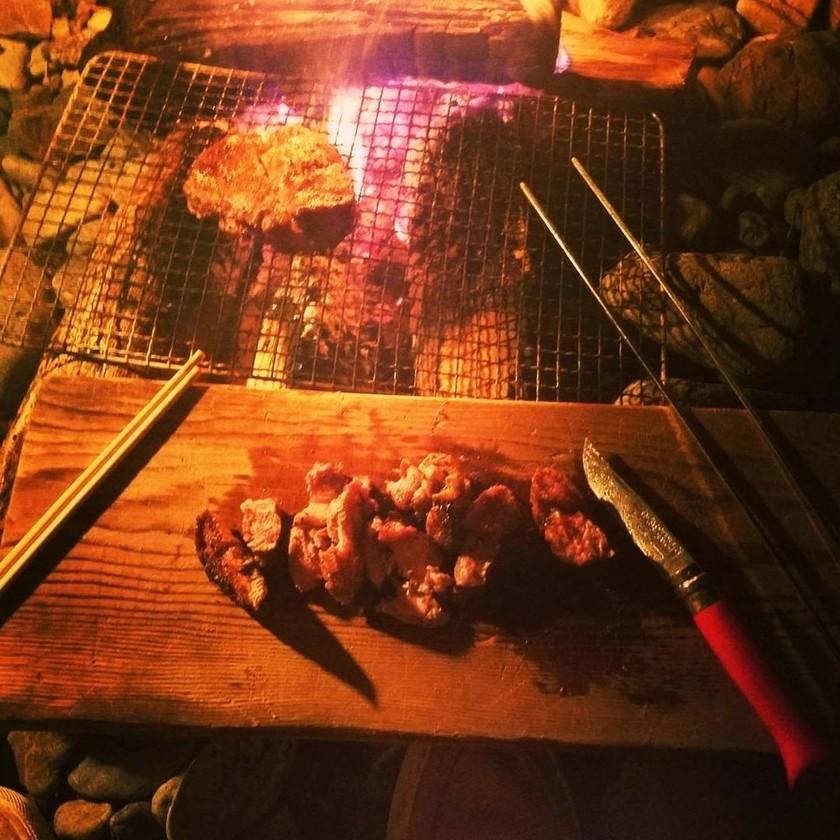 キャンプ飯!焚き火でワイルドステーキ!