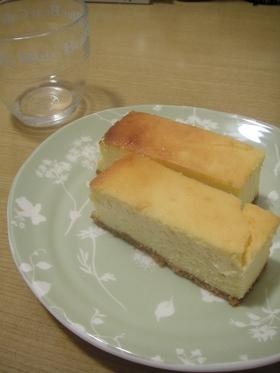 生クリームたっぷり ベイクドチーズケーキ