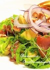 マグロの漬けとアボカドの中華風サラダ