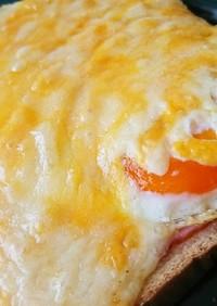 ☆ベーコンと半熟卵のチーズトースト☆