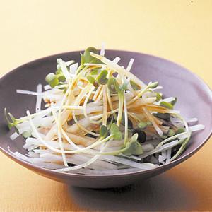 大根と貝割れの中華風サラダ