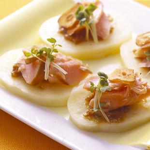 鮭とポテトのごまみそ風味
