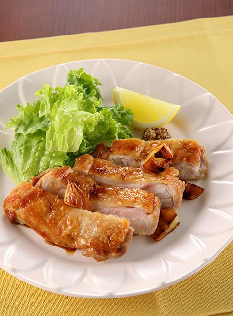 鶏肉のパリパリガーリックソテー