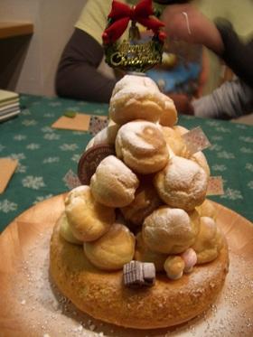 ☆シュークリームでクリスマスツリー☆