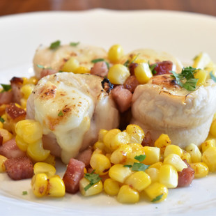 鶏ささみとスカモルッツァチーズのオーブン焼き