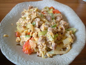 豚とトマトのナンプラー卵炒め