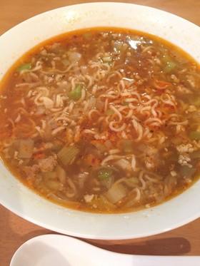 魂の坦々麺 サッポロ一番ごま味