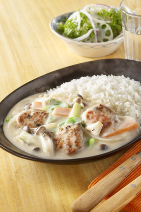 鶏つくねと白菜のかけシチュー